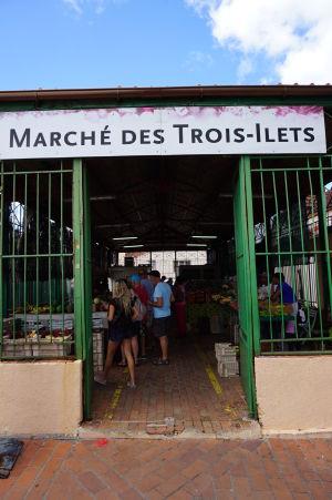 Tržnica v Les Trois-Îlets