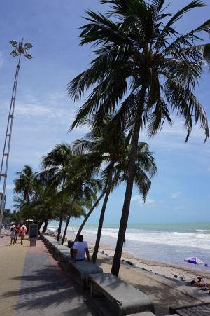 Pláž a promenáda v Boa Viagem