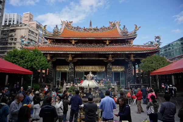 Chrám Longšan v Tchaj-peji