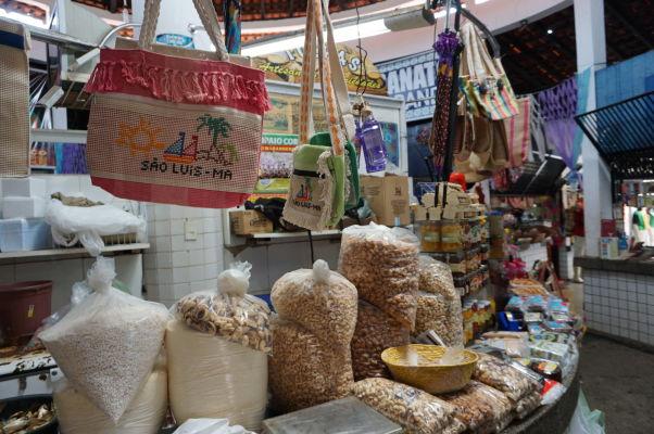 Orechy na historickej mestskej tržnici v São Luís