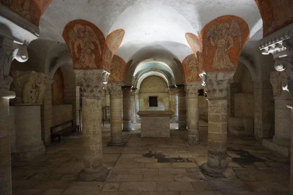 Podzemná krypta Katedrály Matky Božej v Bayeux
