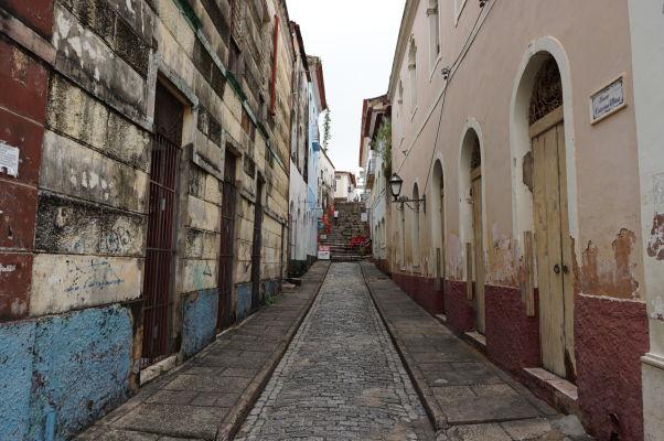 Ulica v historickom centre São Luís - Typické koloniálne budovy sú často v žalostnom stave
