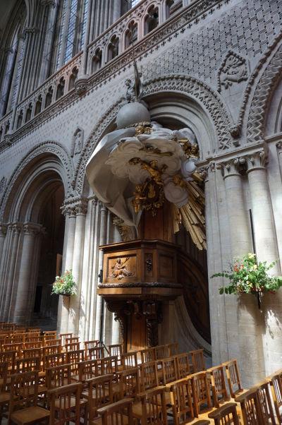 Kazateľnica Katedrály Matky Božej v Bayeux