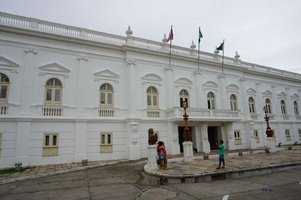 Palác levov (Palácio dos Leões) - sídlo vlády štátu Maranhão na námestí Avenida Dom Pedro II
