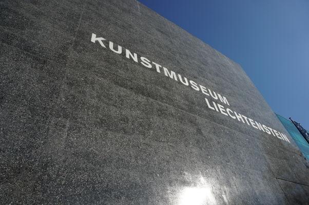Múzeum (moderného) umenia vo Vaduze (Kunstmuseum Liechtenstein)