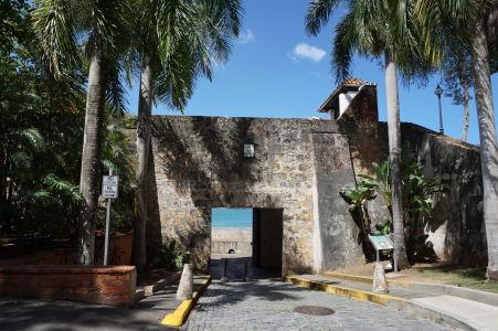 Brána v prímorskom opevnení San Juanu