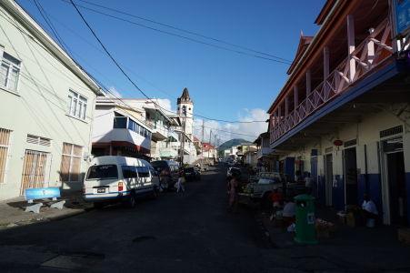 Uličky Roseau, hlavného mesta Dominiky