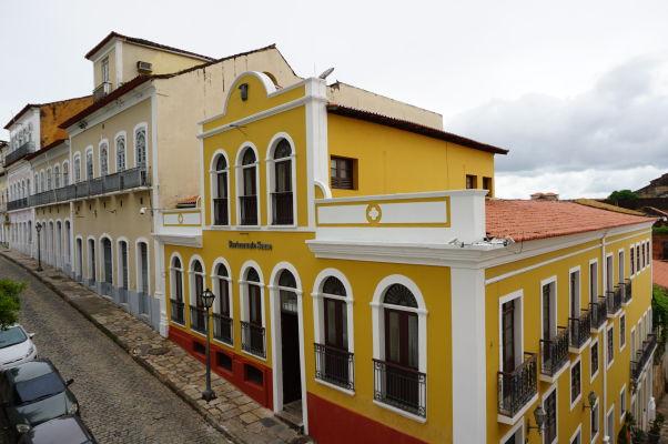 Ulica Rua Joaquim Távora v historickom centre São Luís s budovami s typickou koloniálnou fasádou