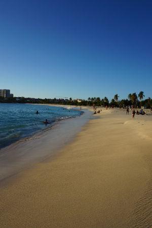 Pláž v zálive Mullett Bay