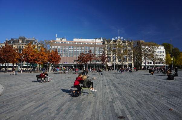Námestie Sechseläutenplatz v Zürichu