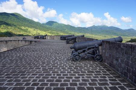 Delá v citadele Fort George