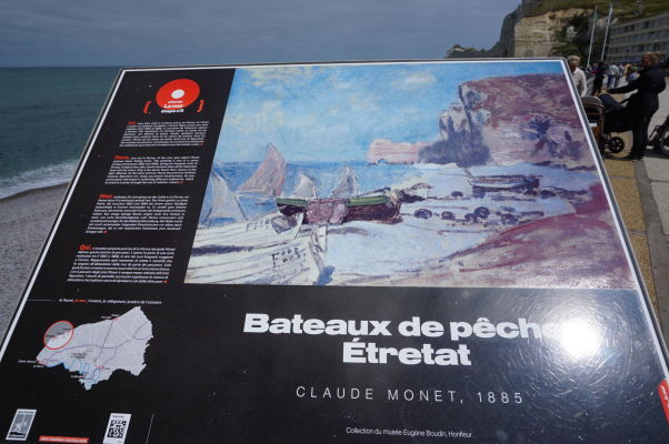 Útes Amont s oblúkom pripomínajúcim slona pri Étreate tak, ako ho videl maliar Claude Monet