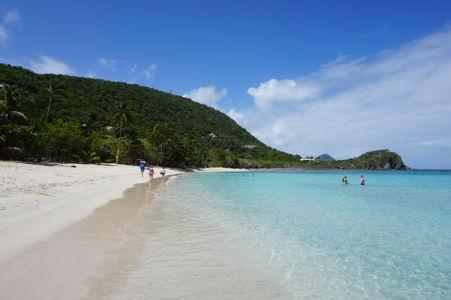 Pláž Smuggler's Cove