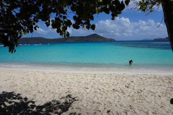 Pláž Lindquist Beach na ostrove Svätý Tomáš