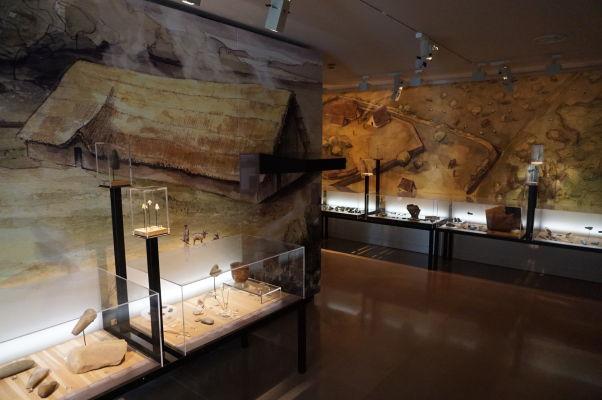 Časť venovaná prehistórii - Múzeum umenia a histórie baróna Gérarda (MAHB) v Bayeux