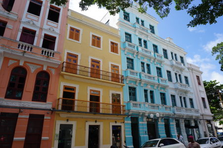 Farebné budovy v historickom centre Recife