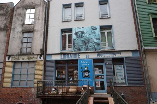 Kníhkupectvo na ulici Rue du Don v Amiens