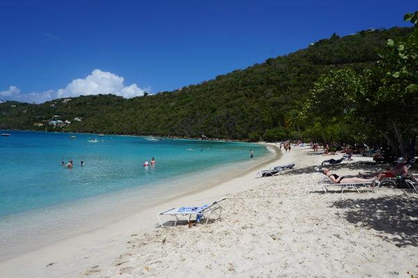 Pláž Magens Bay Beach na ostrove Svätý Tomáš