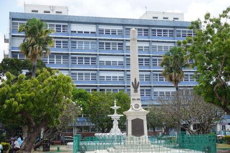 Monument hrdinom Barbadosu (padlým v 1. svetovej vojne), námestie Národných hrdinov (National Heroes Square)