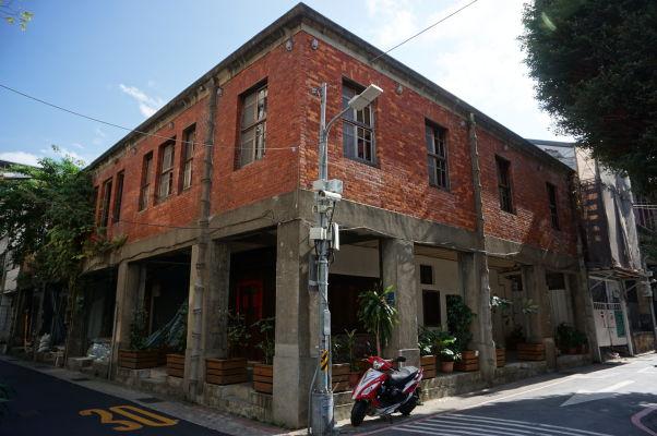 Starý dom na ulici Gui-de neďaleko ulice Dihua v Tchaj-peji