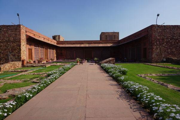 Budova pokladnice vo Fatehpur Sikri