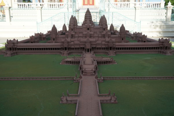 Maketa najslávnejšej kambodžskej pamiatky v Kráľovskom paláci v Phnom Penhu