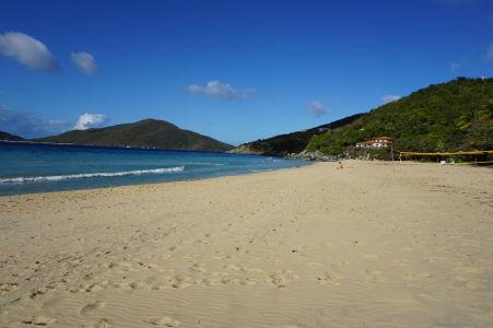 Pláž a more v zálive Lambert Bay