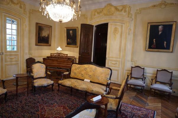 Dobový nábytok a interiér v dome Julesa Verna v Amiens