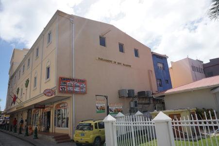 Parlament holandskej časti ostrova (Sint Maarten) vo Philipsburgu