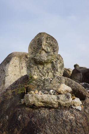 Jedna zo sošiek na vrchole hory Misen