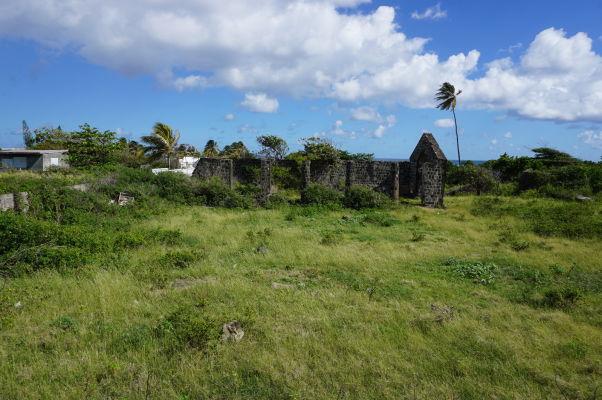 Ruiny opusteného cukrovaru na ostrove Svätý Krištof