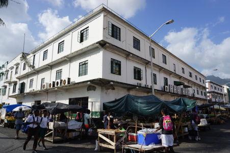 Jedna z mnohých tržníc v Kingstowne