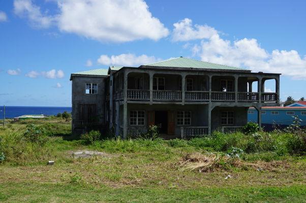 Opustený dom na vidieku na ostrove Svätý Krištof