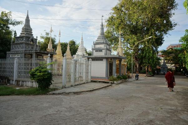 Stupy chrámu Wat Botum v Phnom Penhu