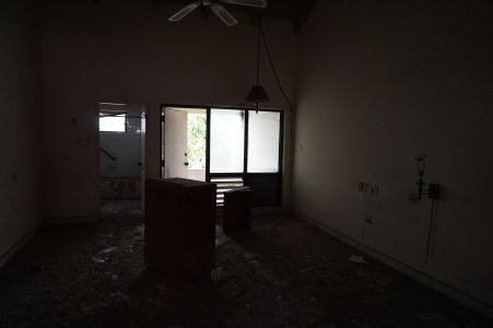 Izby sú trošku tmavé, chcelo by zájsť na recepciu a vymeniť