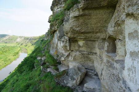 """Takýto výhľad majú miestni mnísi z """"terasy"""""""