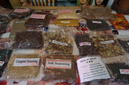 Na tržnici v St. George's nakúpite všetko možné korenie