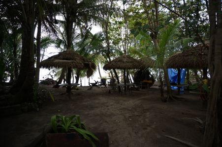 Bar na pláži na Pointe Baptiste