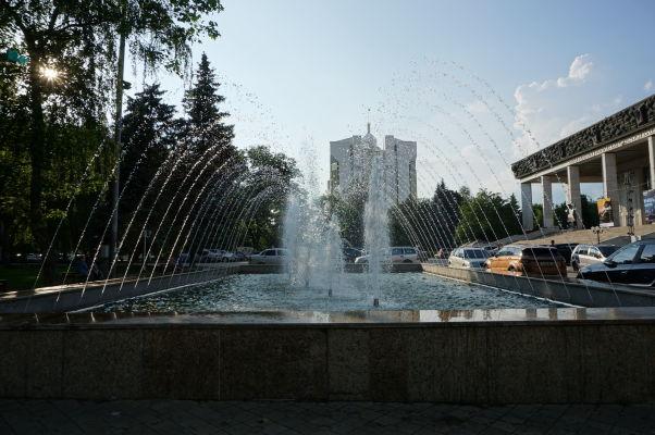 Fontána pred Operou v Kišiňove