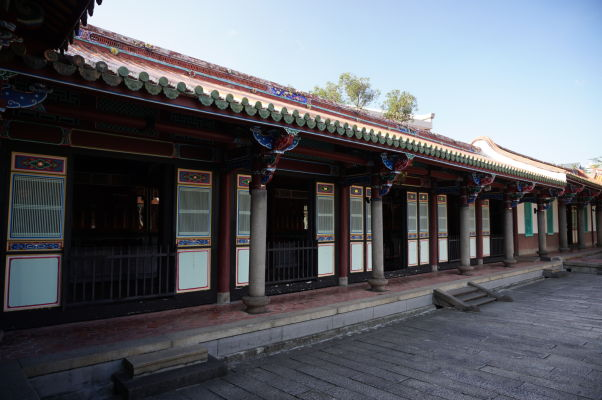 Miestnosti s výstavami (interaktívne múzeum) okolo Konfuciovho chrámu v Tchaj-peji