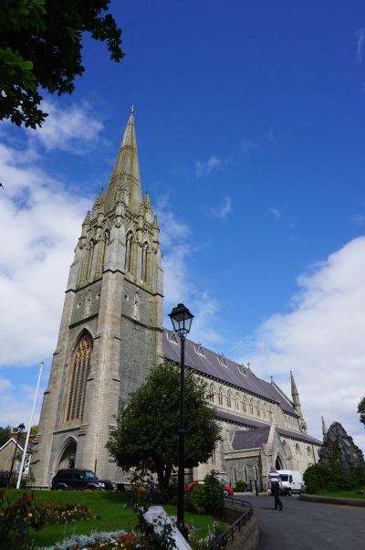 Katedrála sv. Eugena v severoírskom Londonderry