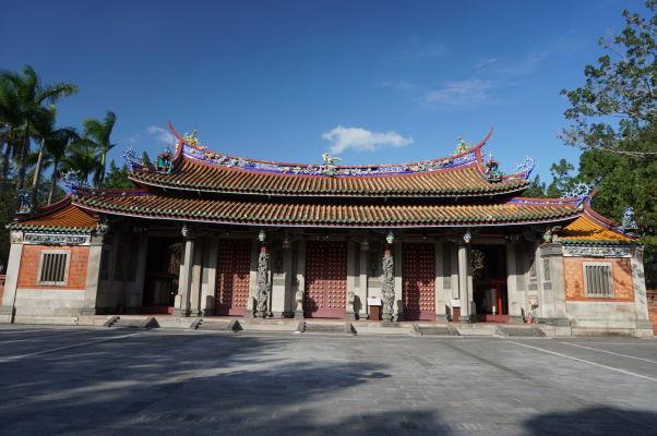 Brána Konfuciovho chrámu v Tchaj-peji