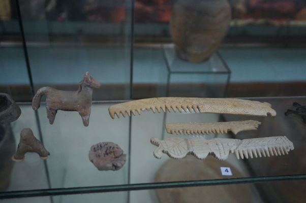 Národné múzeum histórie Moldavska - staroveké predmety dennej potreby