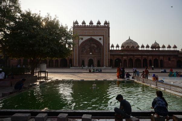 Piatková mešita (Jama Masjid) vo Fatehpur Sikri - očistný bazénik