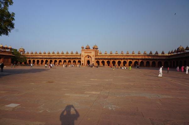 Kráľovská brána (King's Gate) - bočný vchod do Piatkovej mešity (Jama Masjid) vo Fatehpur Sikri