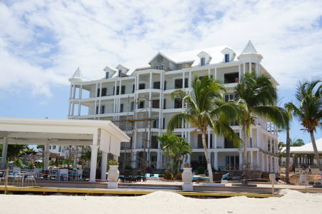 Nedokončený hotel na Anguille
