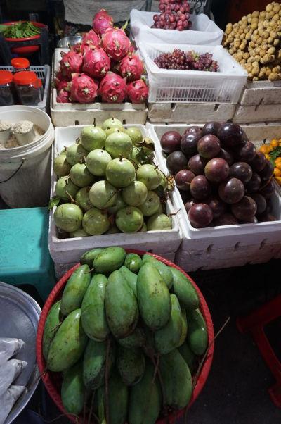 Starý trh (Old Market) v Phnom Penhu - nakúpite tu mango, pitahayu a ďalšie exotické ovocie