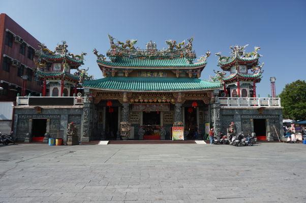 Pevnosť Fort Zeelandia v Tchaj-nane - chrám bohyne Mazu pred pevnosťou
