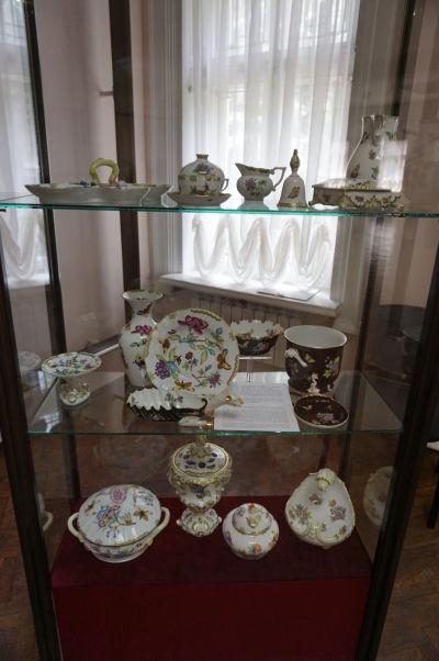 Národné múzeum histórie Moldavska - porcelánová expozícia