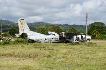 Vrak lietadla An-26 na grenadskom letisku Pearl Airport